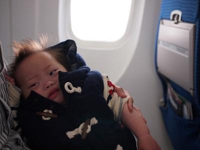 ダウン症,ブログ,飛行機,フライト,うんち